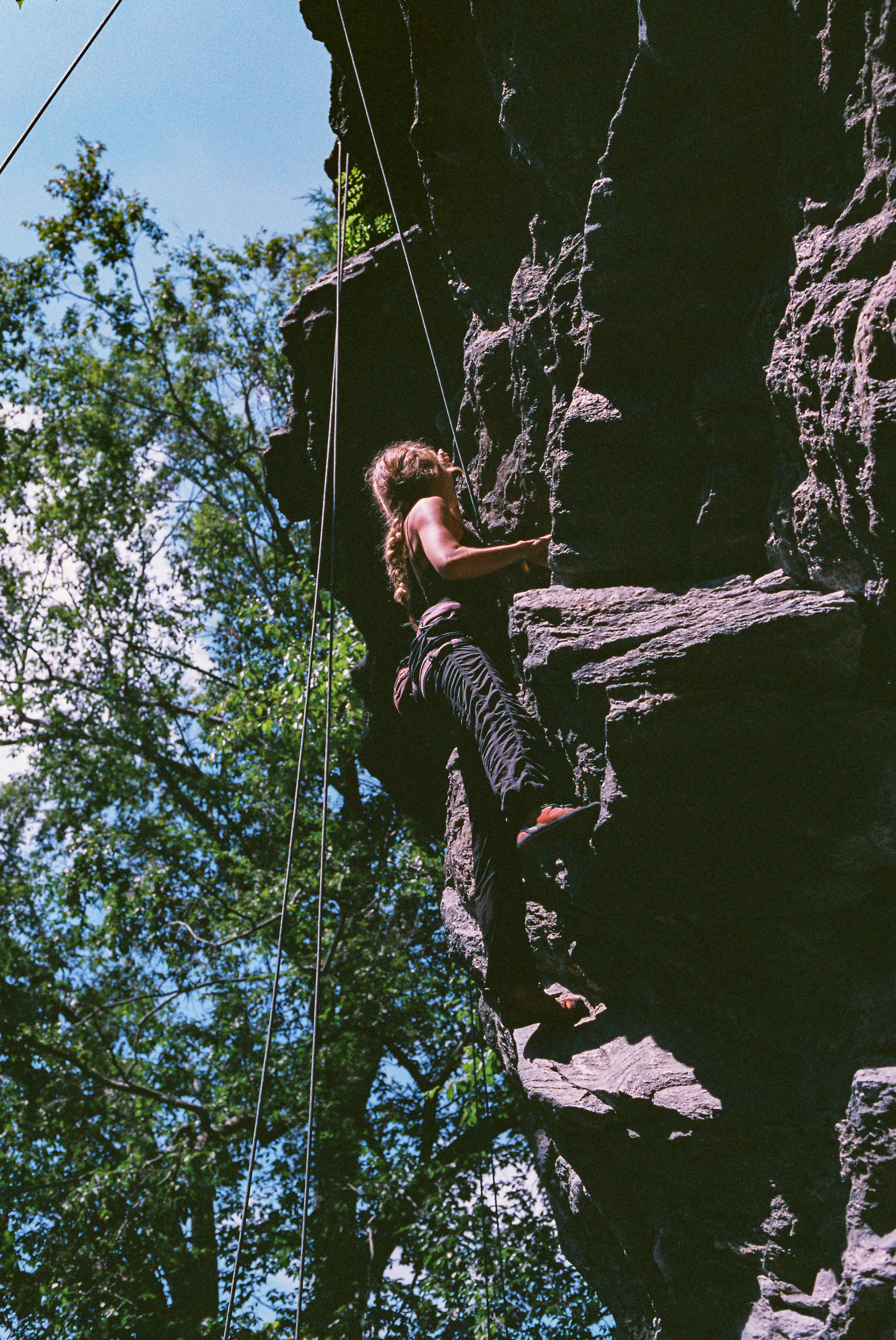 Rockclimbing-1.jpg
