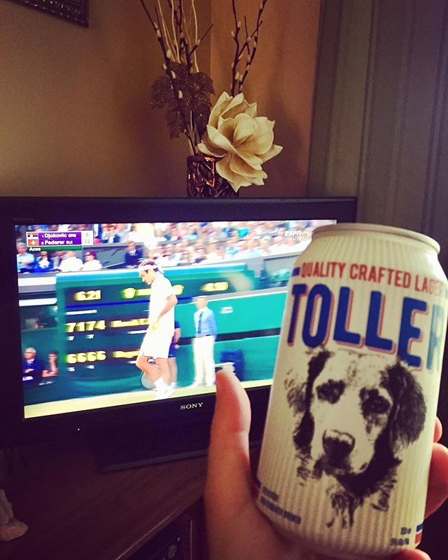 Come on Roger 🎾!!! Who else is enjoying a Spindrift brew while watching the Wimbledon match!? 🍻 • • • • #tennistoller #wimbledon2019 #rogerfederer #tennismatch #nscraftbeer #craftbeerpics #sportsandbeer #sundayvibes