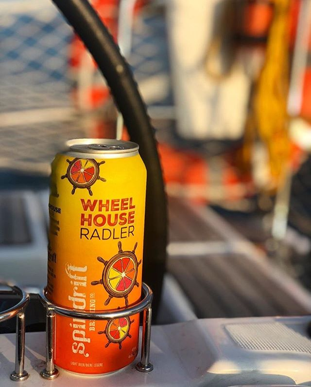 The newest addition to the bar at @jfarwellsailinghfx 🌊🍺☀️! Nothing like a our refreshing Wheelhouse Radler while out on a sailing tour ⛵️☺️👍🏻. • • • • #radlernation #nscraftbeer #sailingtours #discoverhalifax #discoverlocal #explorens #tourismns #halifaxnoise #sailingsummer #summerwithspindrift #spindriftbrewing #beerstagram