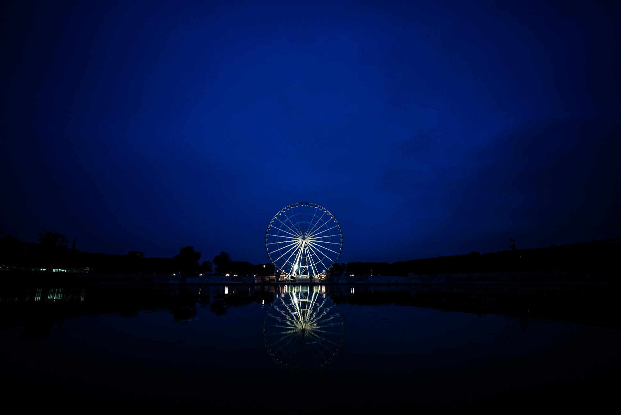 ferris wheel near Place de la Concorde, just before dawn