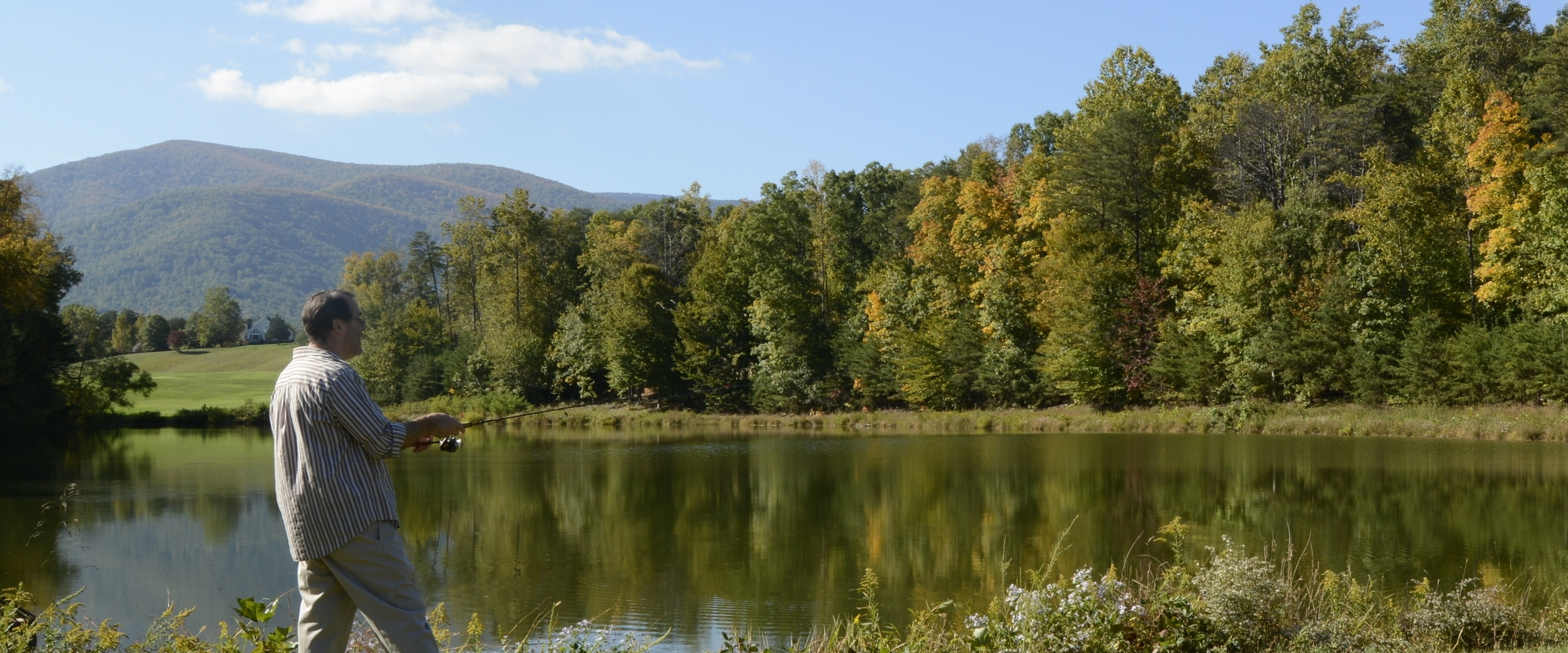 In the valley there is a stocked trout steam and a dozen lakes for the use of Wintergreen property owners.  Details here .