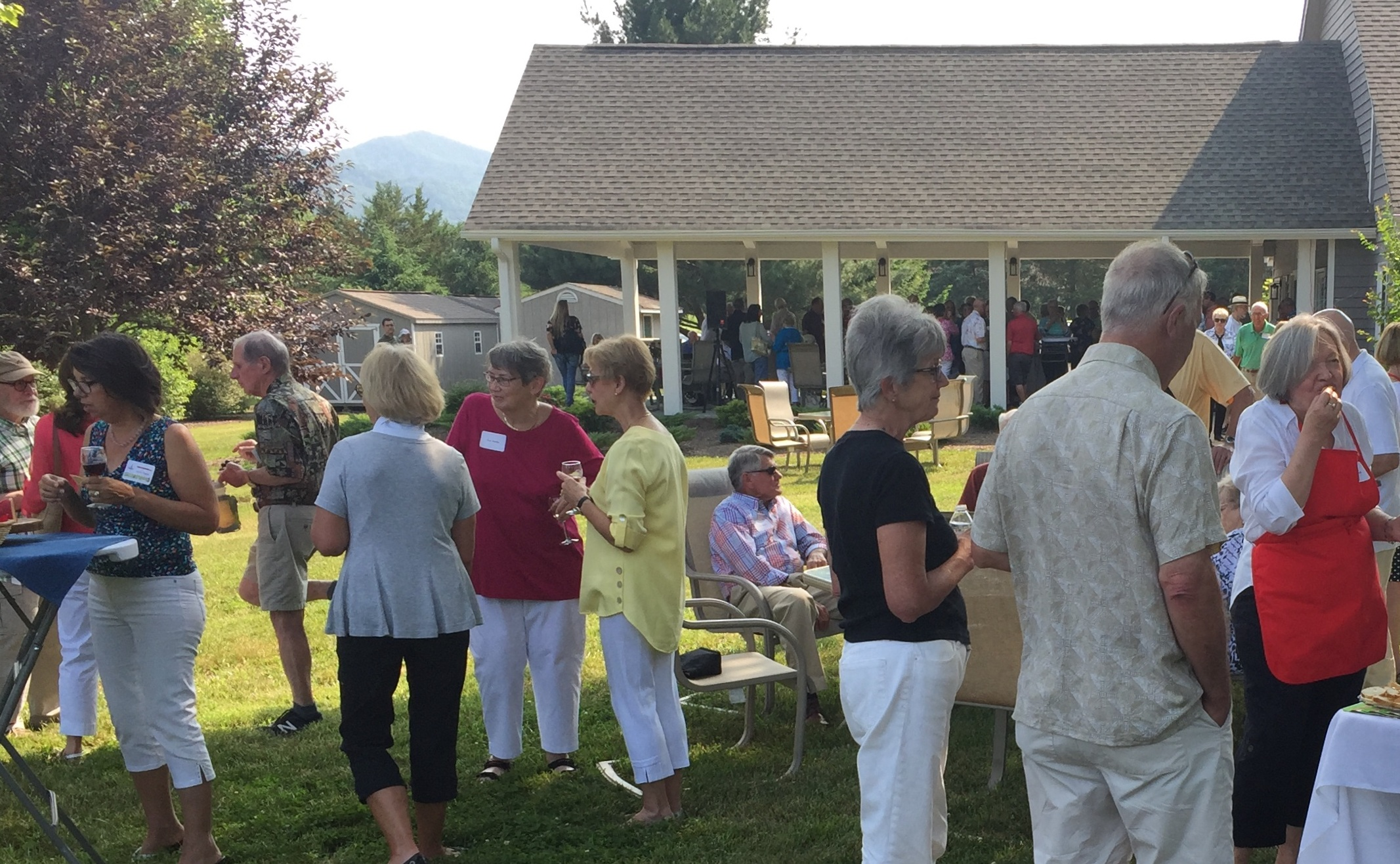 tuckahoe clubhouse outside party.JPG