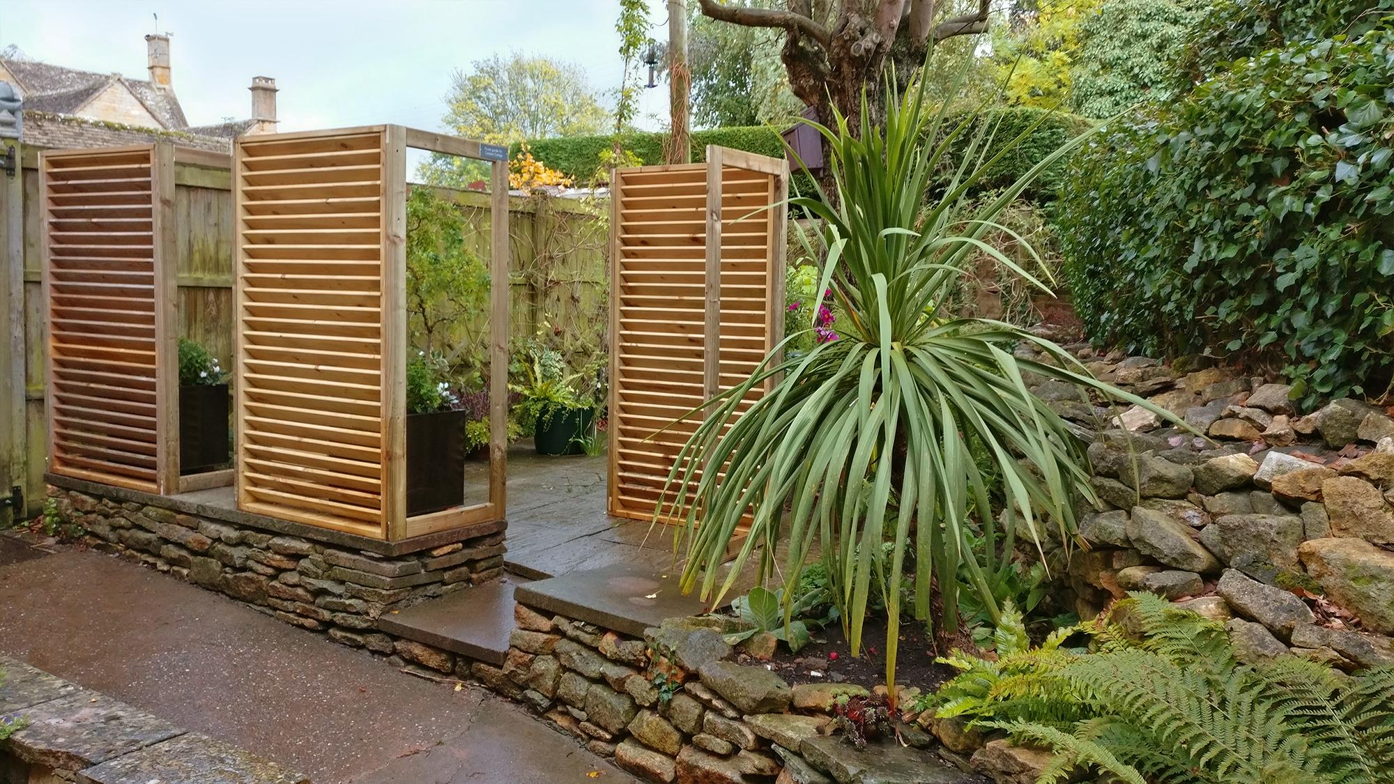 Entrance to rear patio garden