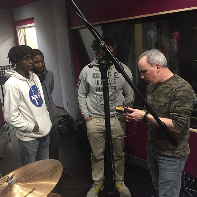 Drum mic-ing day with @jevonrushton on the kit and @soysostuffsoundrec teaching our apprentices how to work the boards. Got some sweet sounds. #recordingstudio #musictechnology #education #homewood #pittsburgh #remakelearning