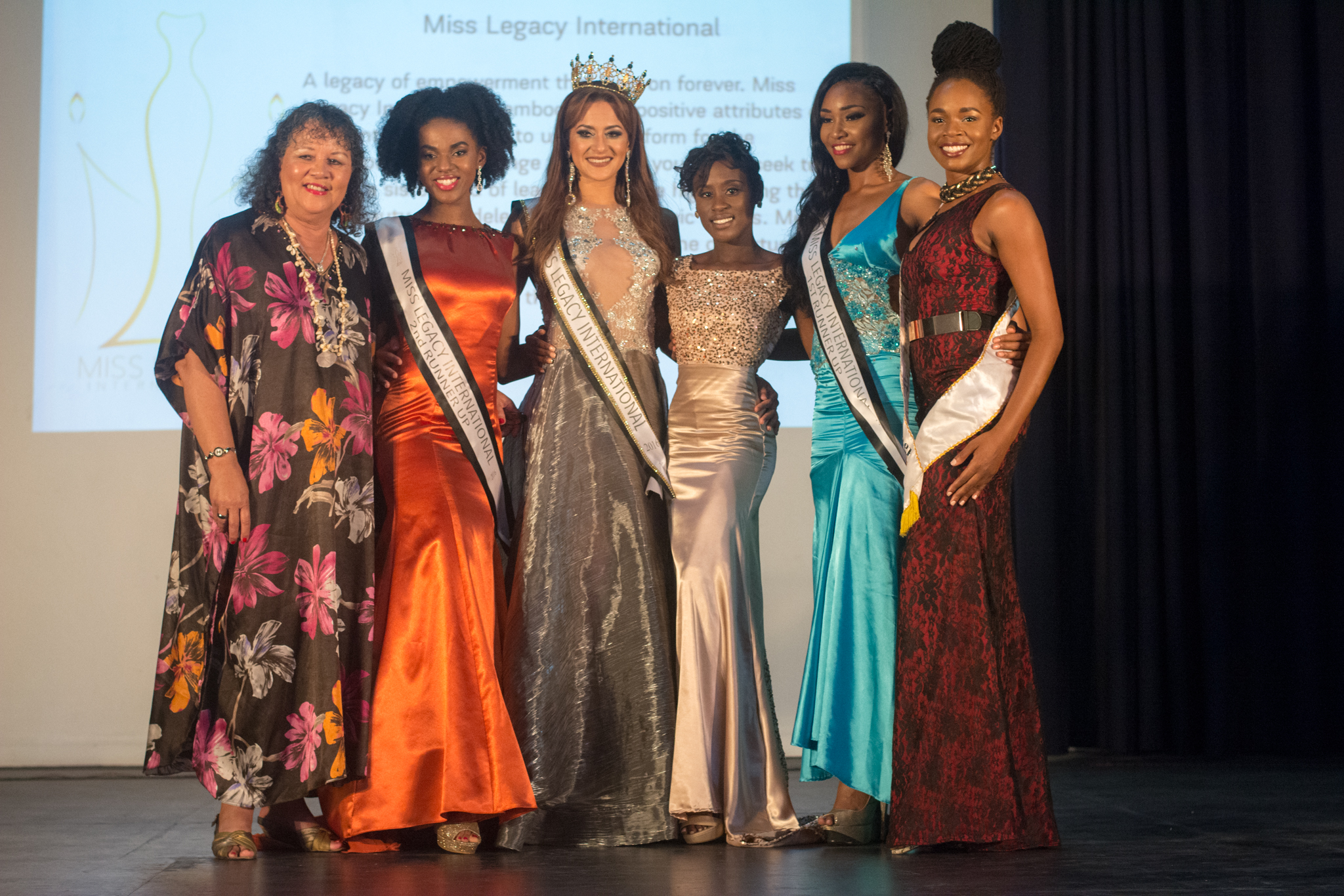 Contestants with our Chief of Party, Roushelle Reign, Miss Jamaica Festival Queen & CountryStyle Tours, Diana Pike