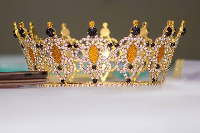 The crown of the Miss Legacy International 2019, Sasha V. D. Leger