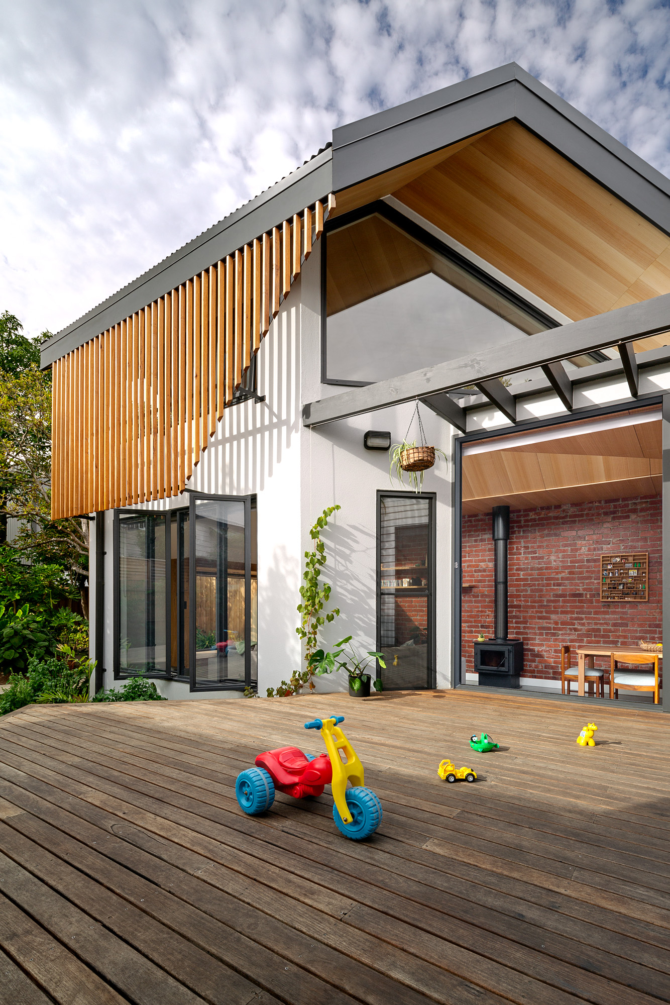 green sheep collective sustainable architect melbourne north facing windows timber batten screens.jpg