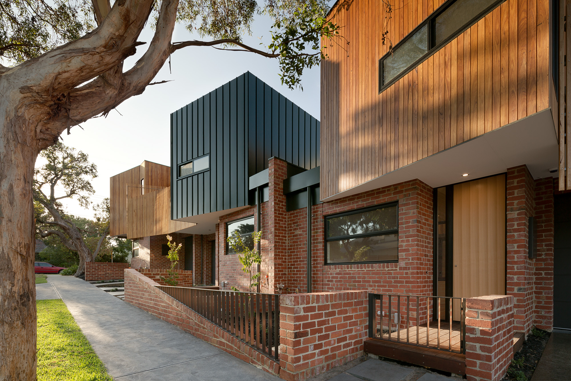 alphington townhouses recycled red brick articulated facade award winning residential architects melbourne