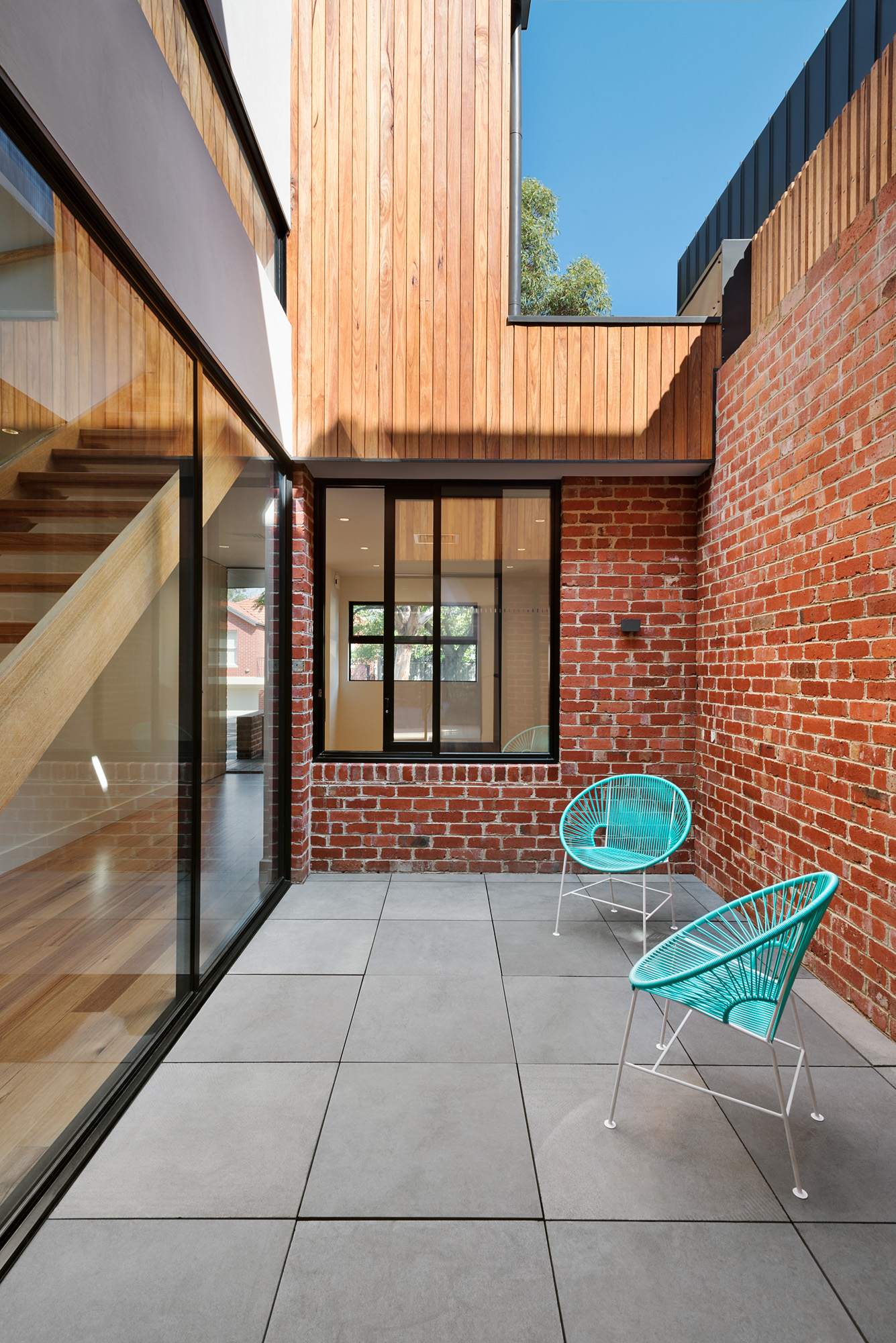 alphington townhouses recycled red brick courtyard award winning residential architects melbourne