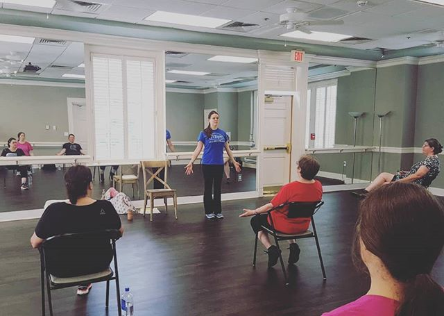 Had a wonderful T-Tapp clinic this past Saturday in Charlotte! Thanks to everyone who came out to learn (and sweat)😉I thought it would be really different and strange without knowing Teresa wasn't there to read my post clinic report, but it wasn't. In fact, it was therapeutic. Sharing some of what I've learned from Teresa was a joy.💙 Also thanks to my Mom @shannieb123 for getting this picture...I am terrible about getting pictures of my events🤷😂