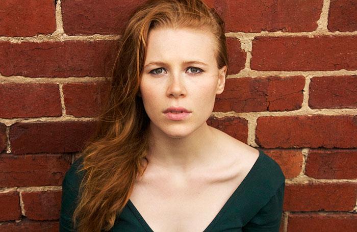 Anna McGahan