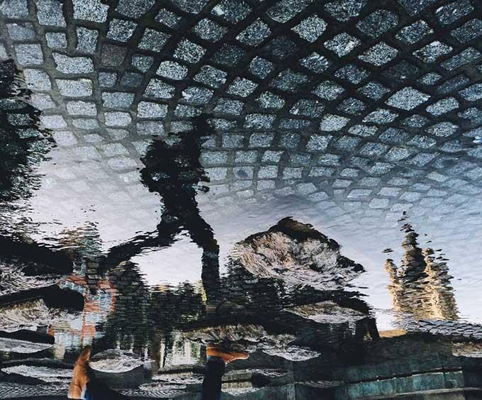 @utupp - Yusuf Hadi - Köln Altstadt - Brodo @bro.do - Commission - trilastiko