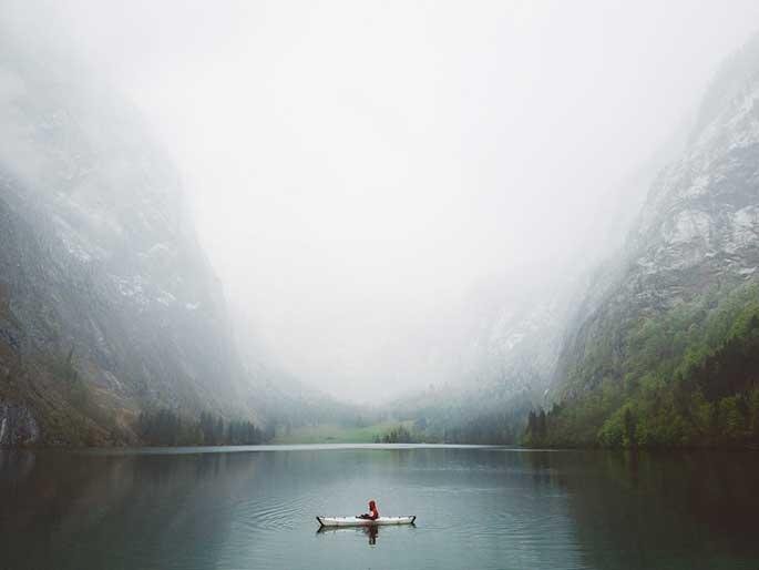 @asyrafacha+paddling+@orukayak+at+Obersee+Königssee+-+trilastiko+-+landscape-2.jpg