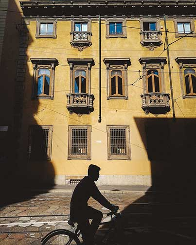 Bike+Shadow+-+Milan+-+trilastiko+-+urban+and+street-2.jpg