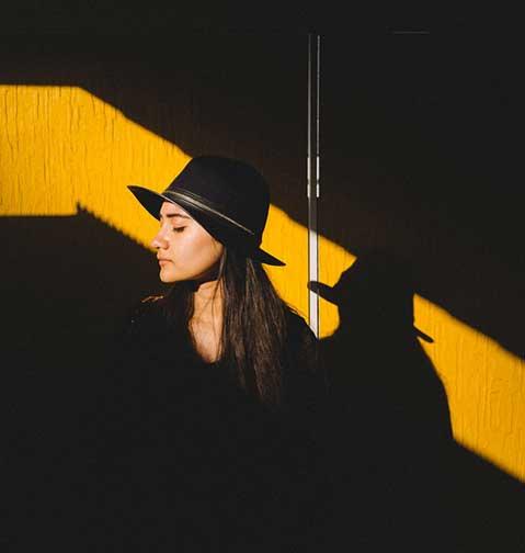 Shadow+Portrait+-+@isabellangelita+Isabella+Angelita+-+Goslar+-+trilastiko+-+portrait-2.jpg