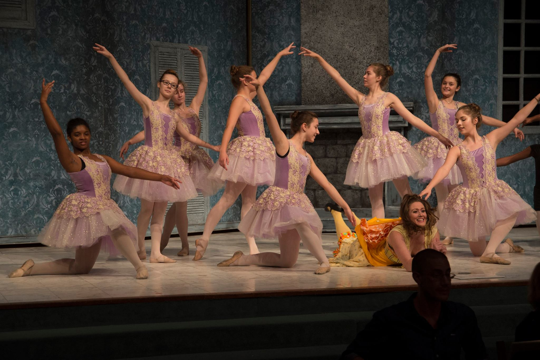 Tisbe in Rossini's  Cinderella  / Opera Louisiane  (photo by Dennis Demcheck)