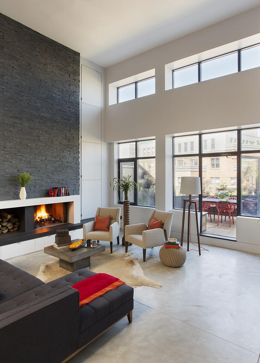 Modern living room to deck