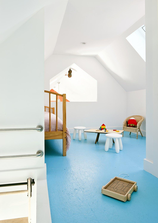 Gable loft play area