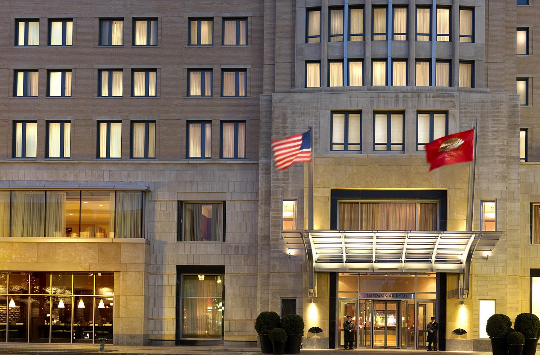 Mandarin Oriental Modern Apartments