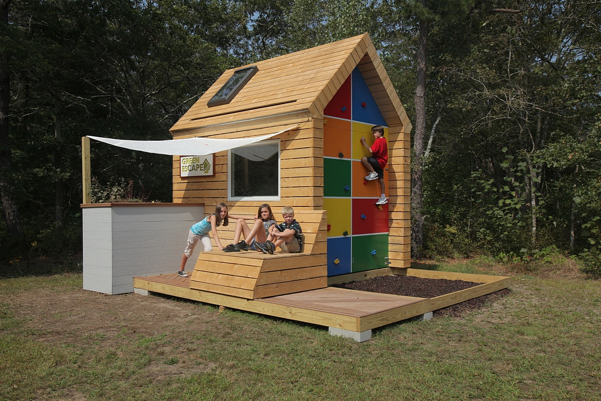 Eco-friendly Playhouse for Kids