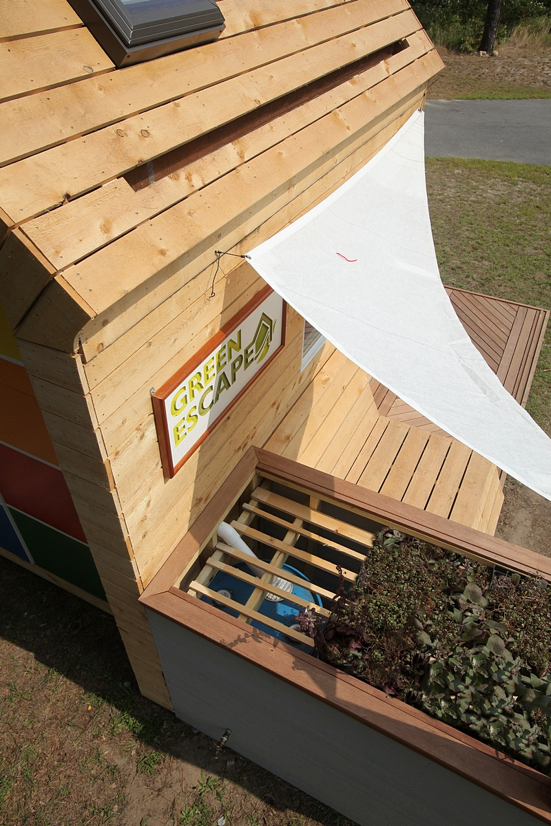 Eco-friendly Playhouse with Rain Water Collection