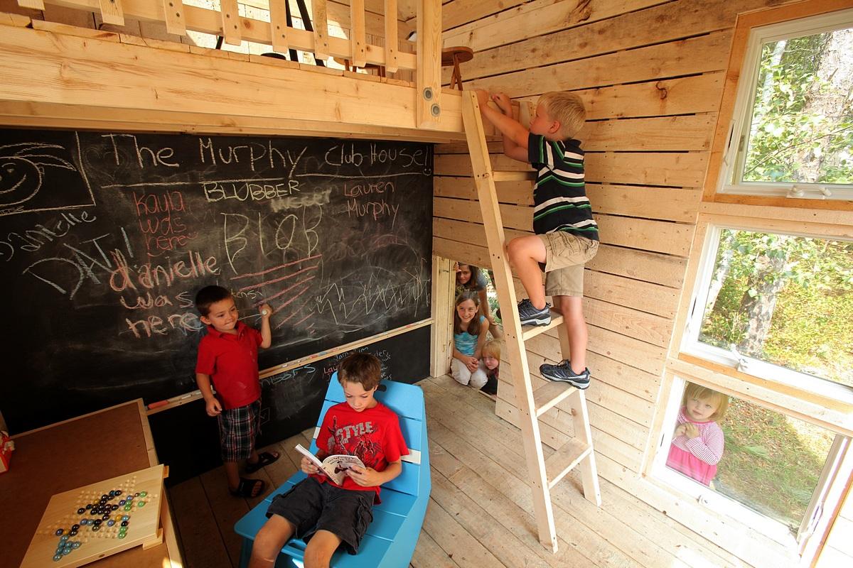 Eco-friendly playhouse interior ideas