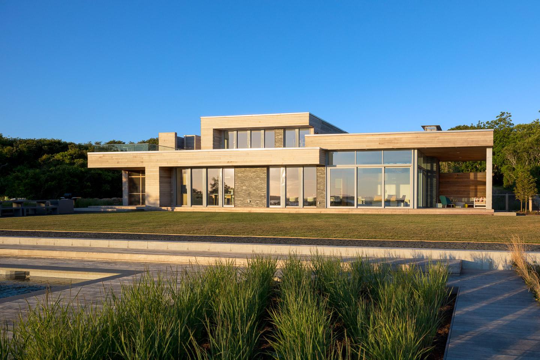 Oceanfront modern house