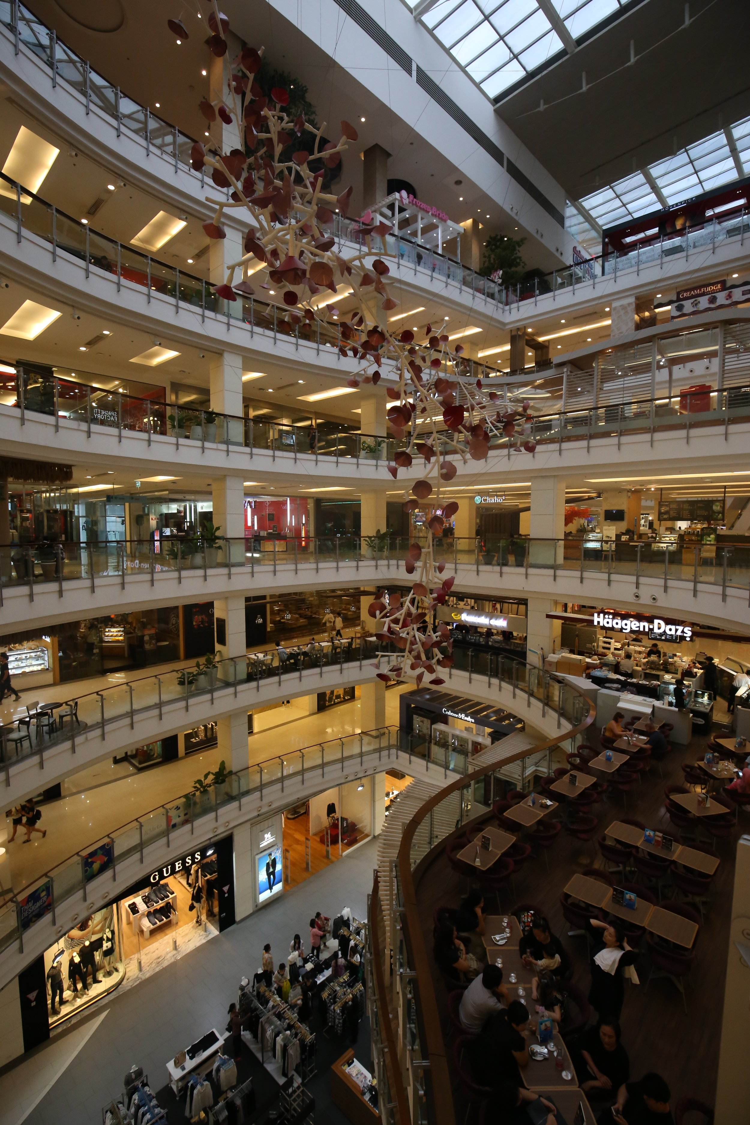 bangkok has SO many large malls like this that house not only a ton of high end shopping options, but so many yummy restaurants and places to rest in the AC.