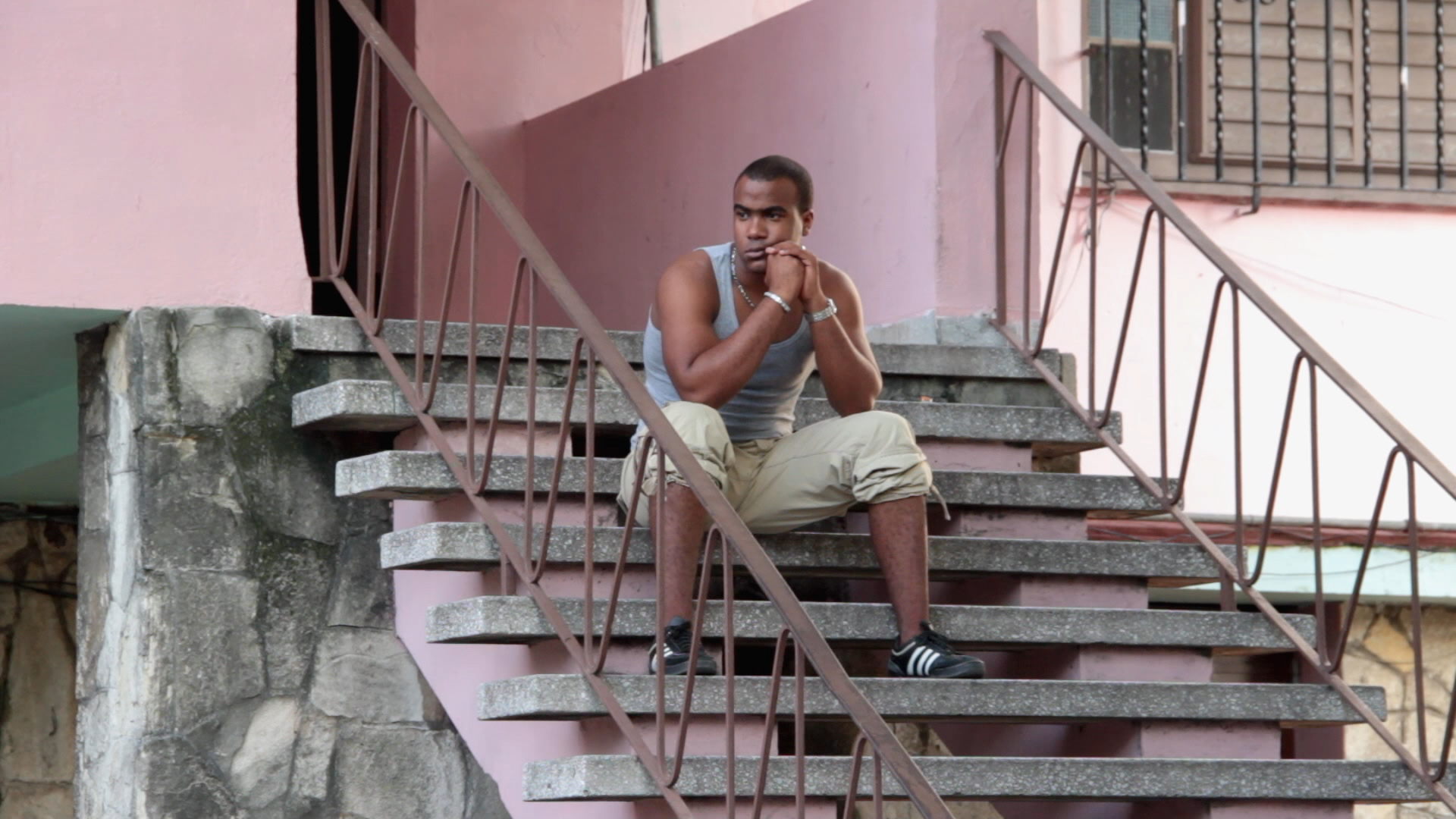 Yusniel  is one of five documentaries commissioned to Juampa by the Cuban Film Institute (ICAIC). The frequent censorship he experienced while working for this governmental institution inspired   Yunaisy  .