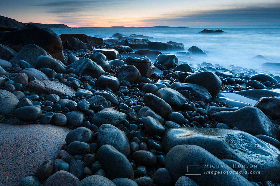 Boulders in early morning light (25 minutes before sunrise), Boulder Beach, Otter Cliff