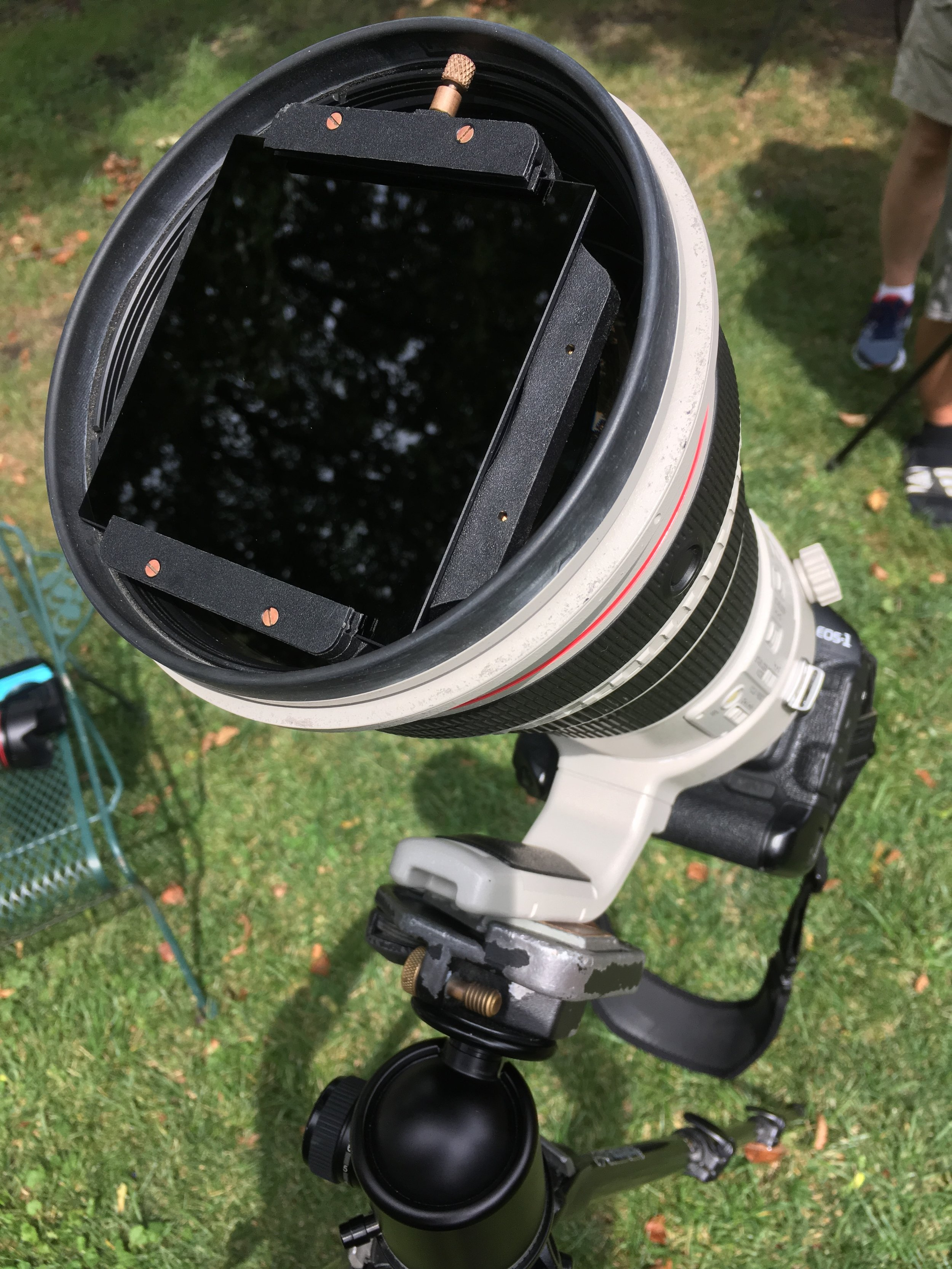 Canon 1DX Mark 2 with a 400mm f/2.8 super telephoto lens, photographing a solar eclipse
