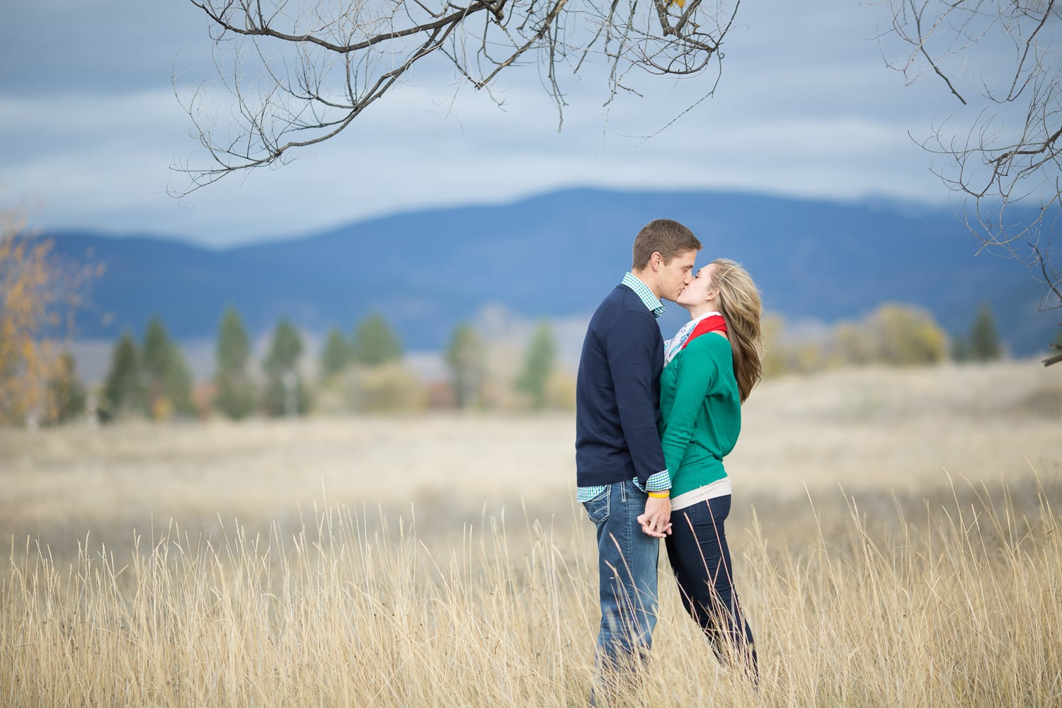 hixson-studio-missoula-photographer-engagement-0046.jpg