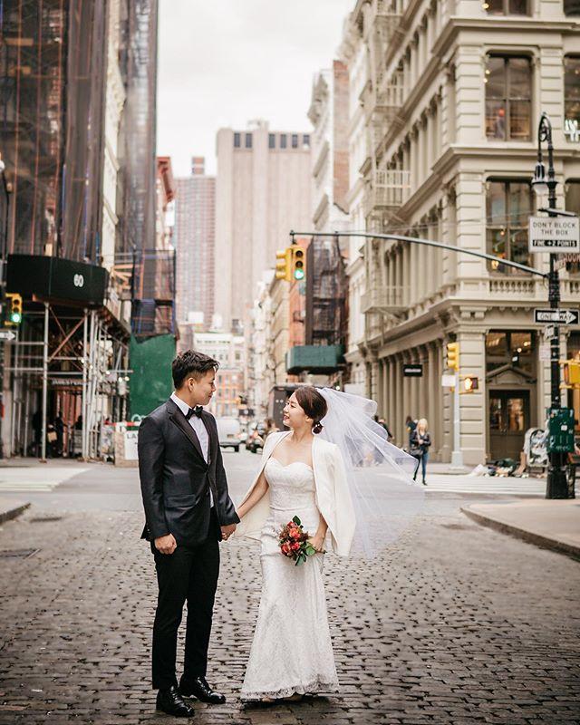 추석연휴 예약 진행중! 뉴욕스냅은 역시 더씨티스냅!  _ 📩 Inquiry: thecitysnap@gmail.com  _ #newyork #newyorkcity #manhattan #centralparkwedding #nyweddingphotographer #nyphotographer #더씨티스냅#portraitphotography #photographer #센팍 #데이트스냅#weddingphotographer #centralpark #뉴욕웨딩 #스냅사진 #nyweddingphotographer #허니문스냅 #럽스타그램 #뉴욕스냅 #뉴욕여행 #engagementphotos
