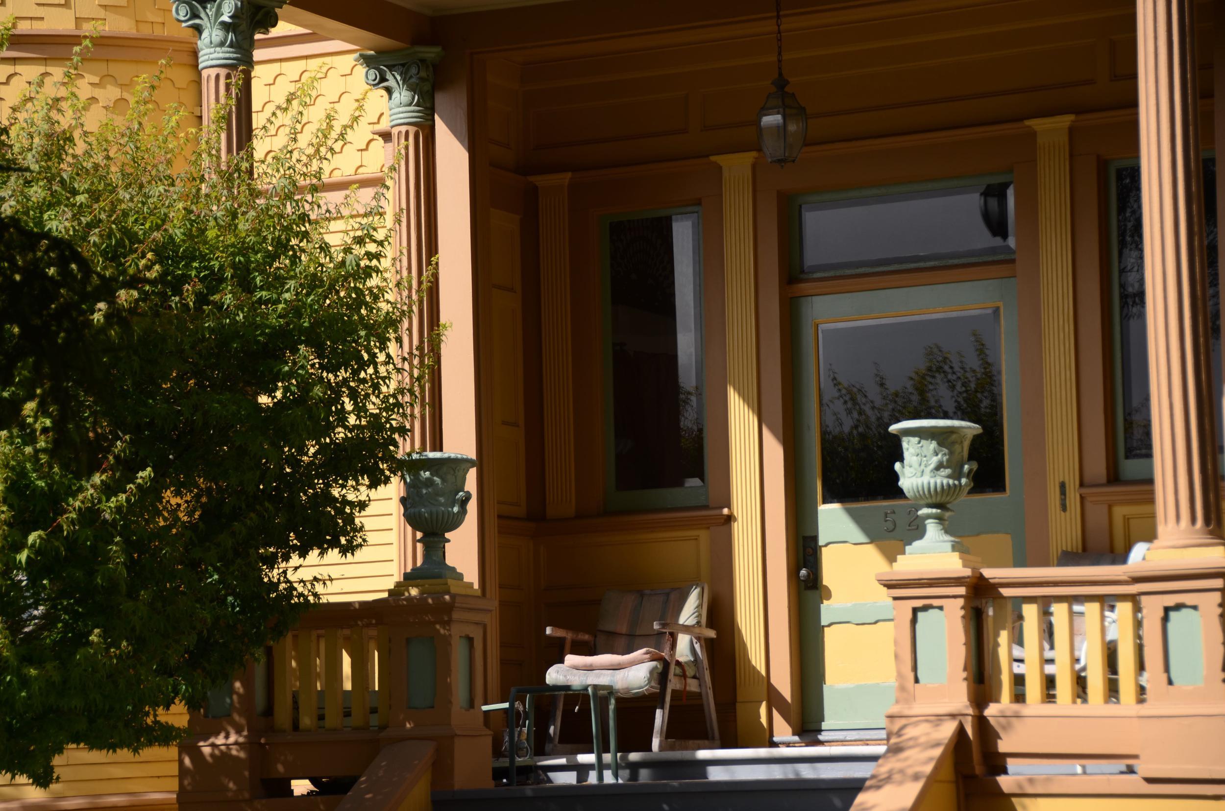 Santa Cruz: Fred Swanton's Front Porch 2015
