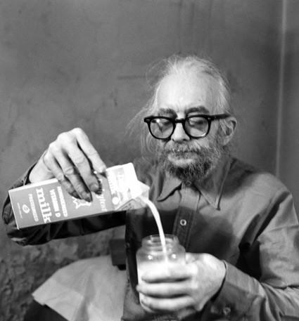 Harry smith with milk.jpg