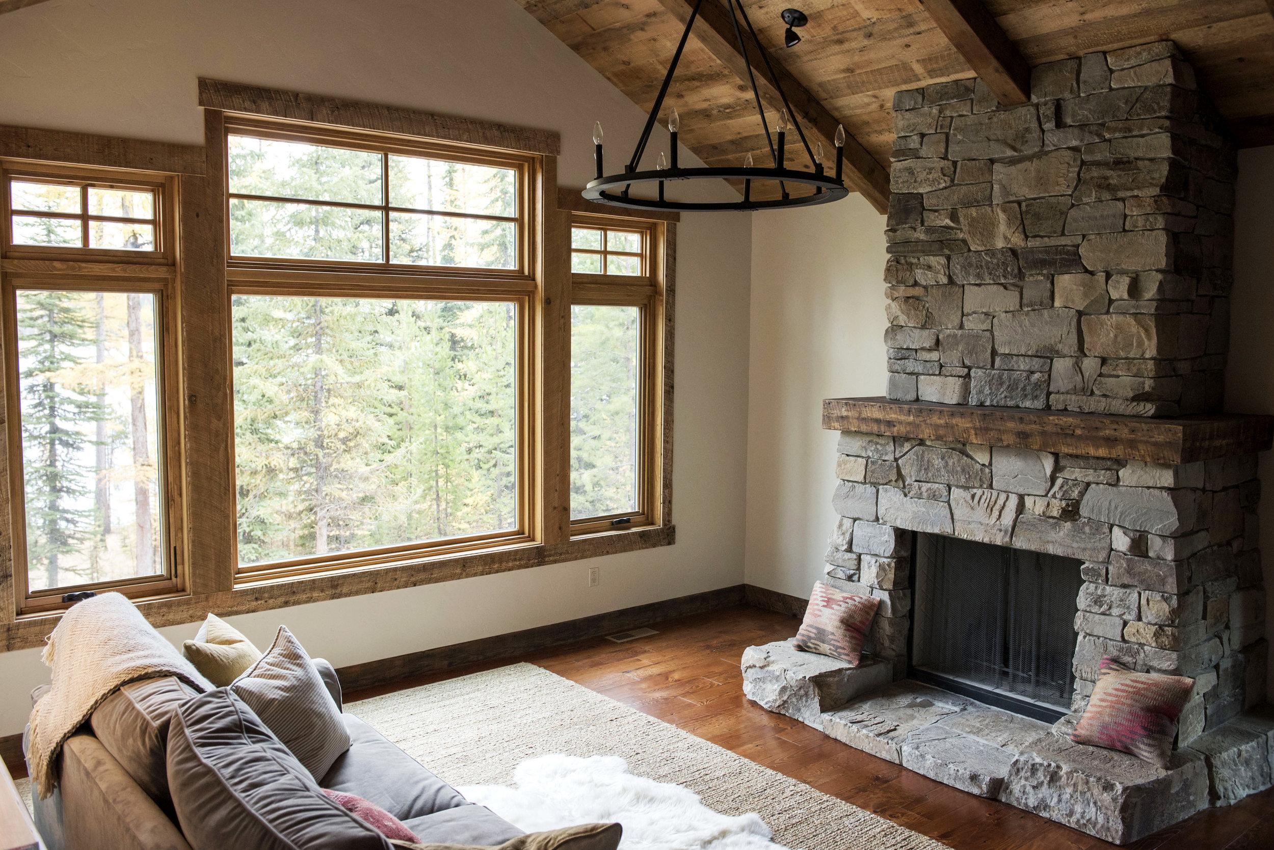 Cozy Reclaimed Wood Cabin