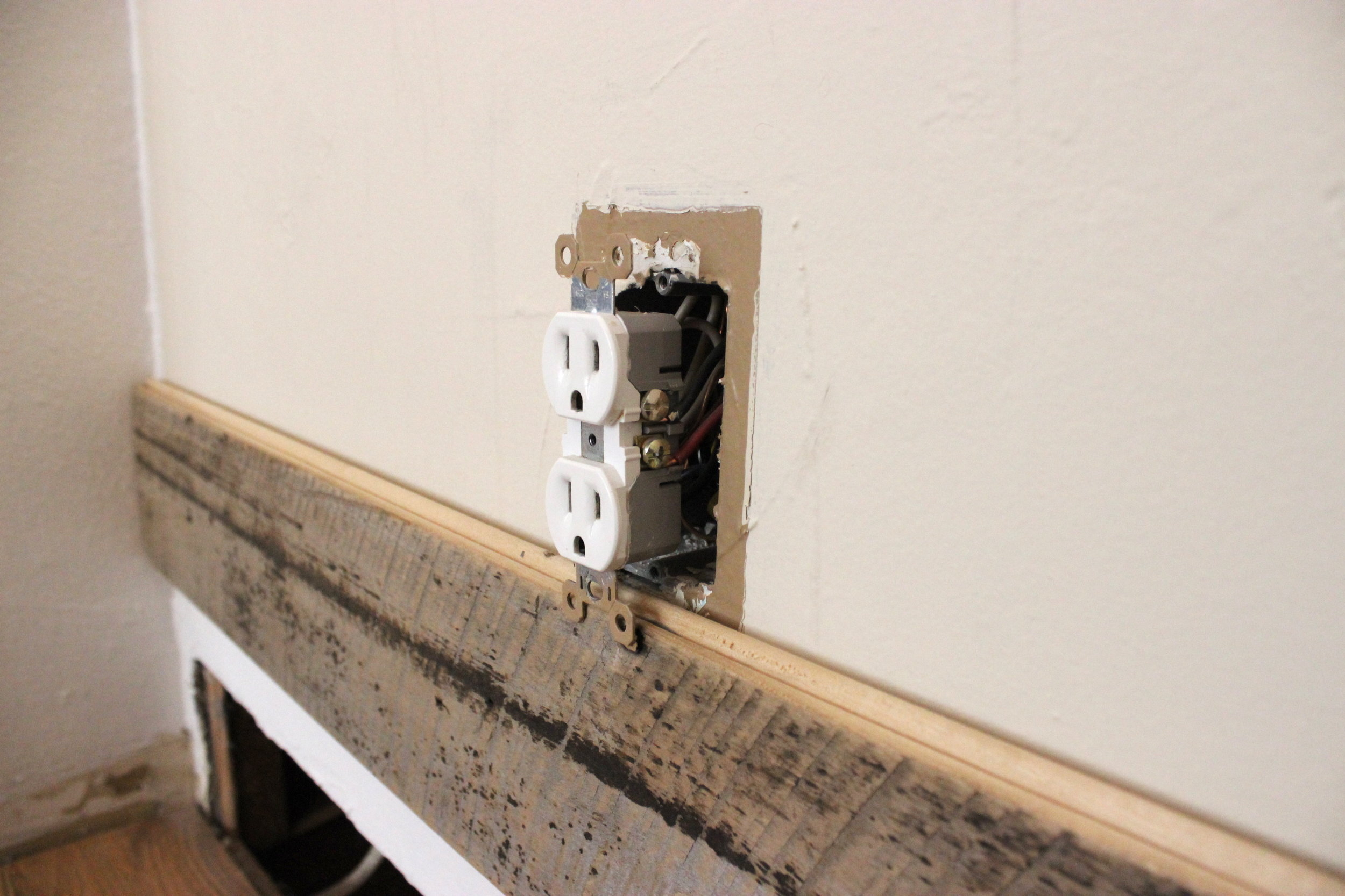 4 Reclaimed Wood Accent Wall Bump Out any Outlets.JPG