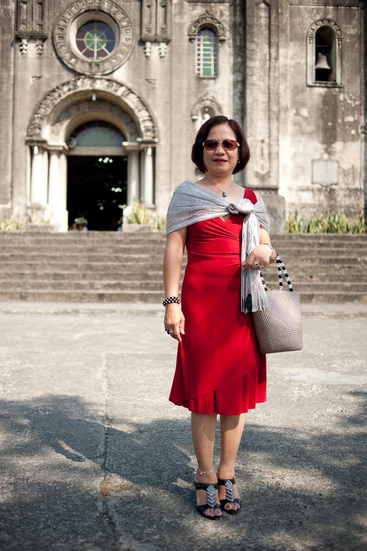 My second eldest sister Ate Del. Photo taken in 2013.