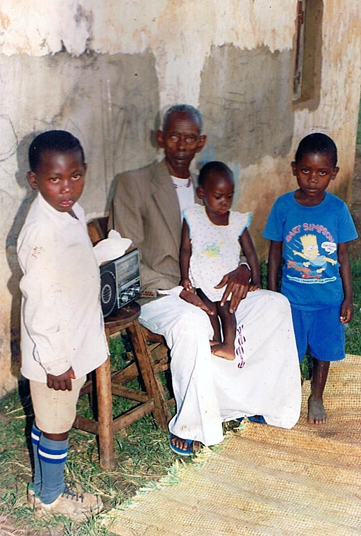 Family_Group_1a.jpg