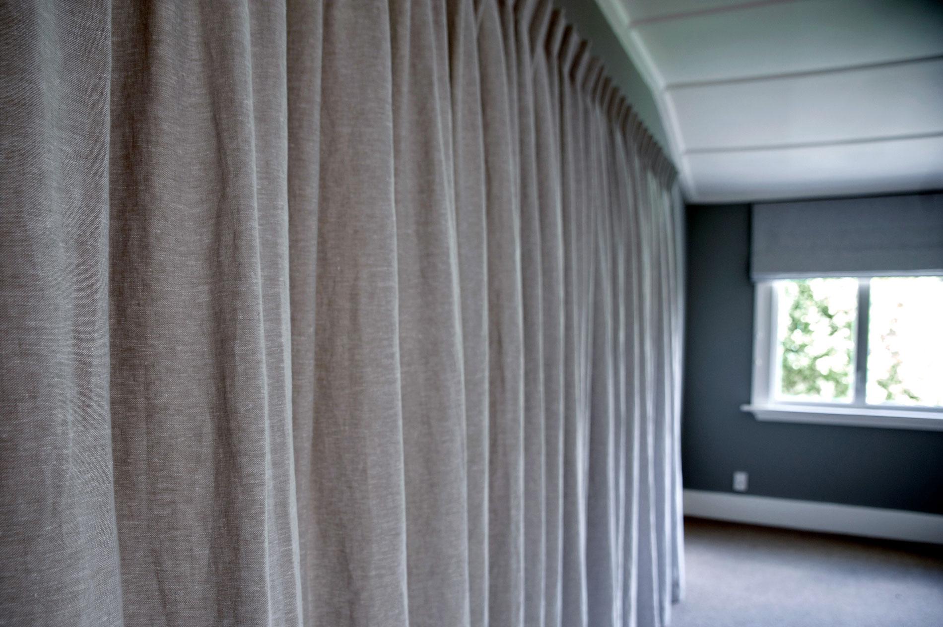 Merivale Villa - Master Bedroom