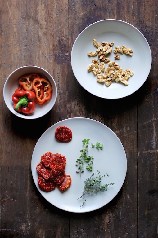 WALNUT, SUN-DRIED TOMATO AND FRESH HERBS PATÉ by Let It Be Cosy
