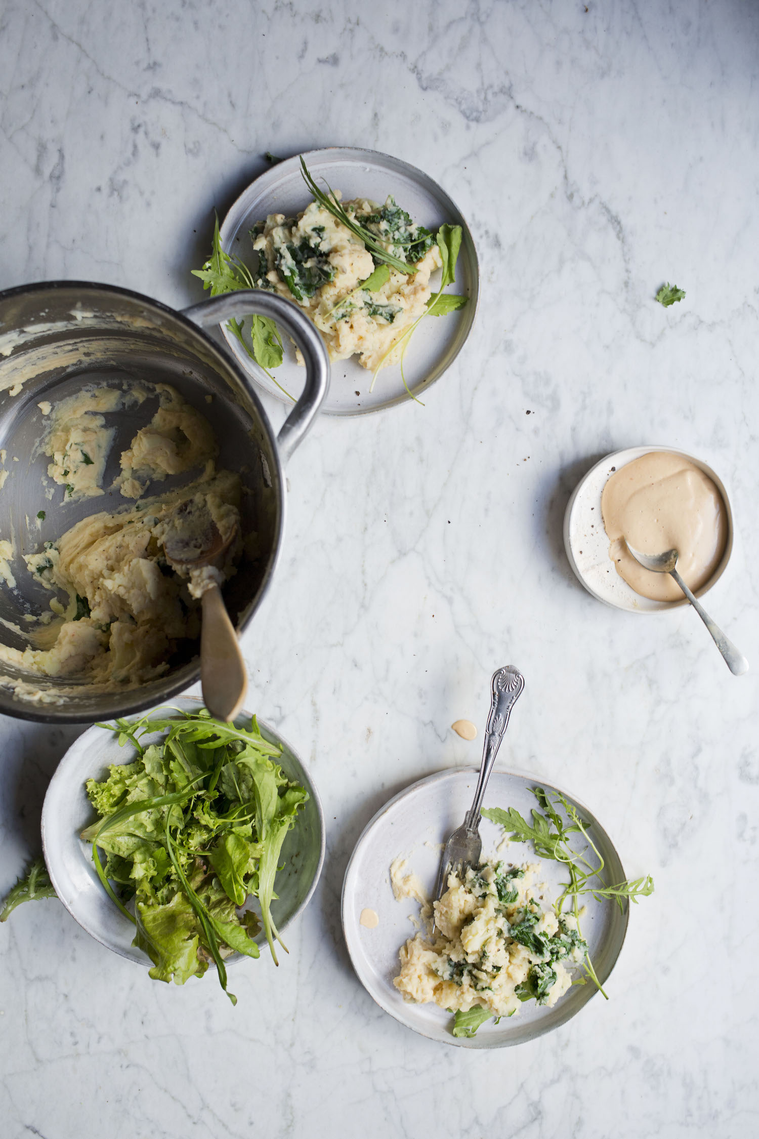 CREAMY MASHED POTATOES WITH WILTED KALE AND CASHEW CHEESE by Let It Be Cosy