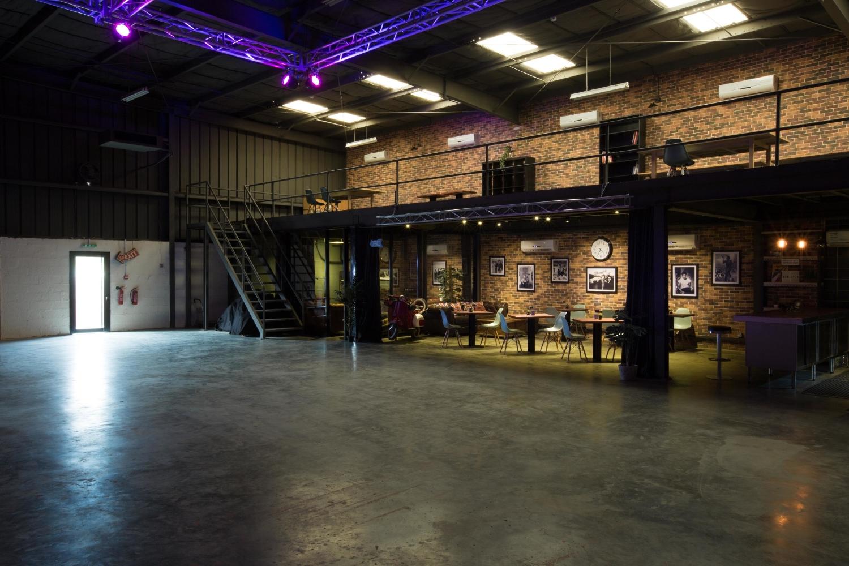 Warehouse 46716.jpg