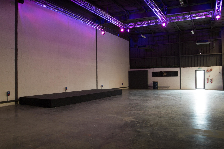 Warehouse 46712.jpg