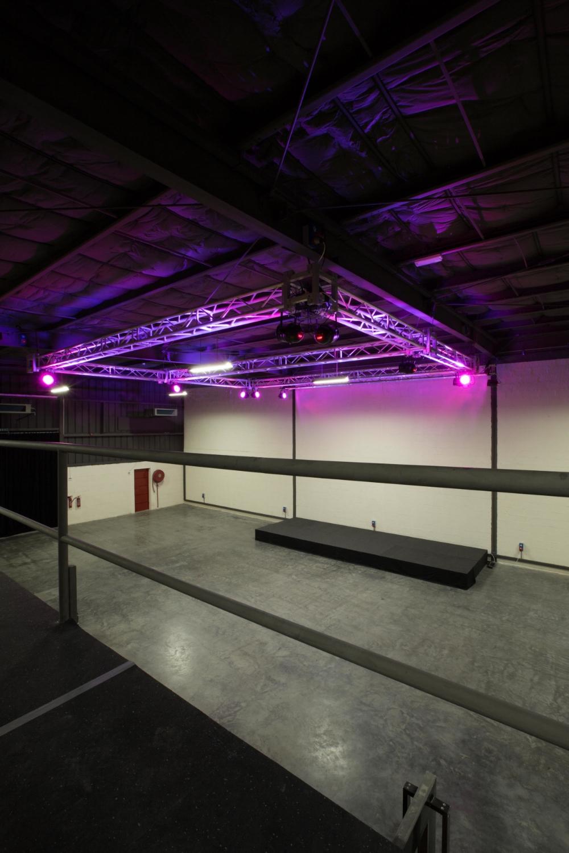 Warehouse 46737.jpg