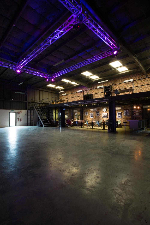Warehouse 46715.jpg