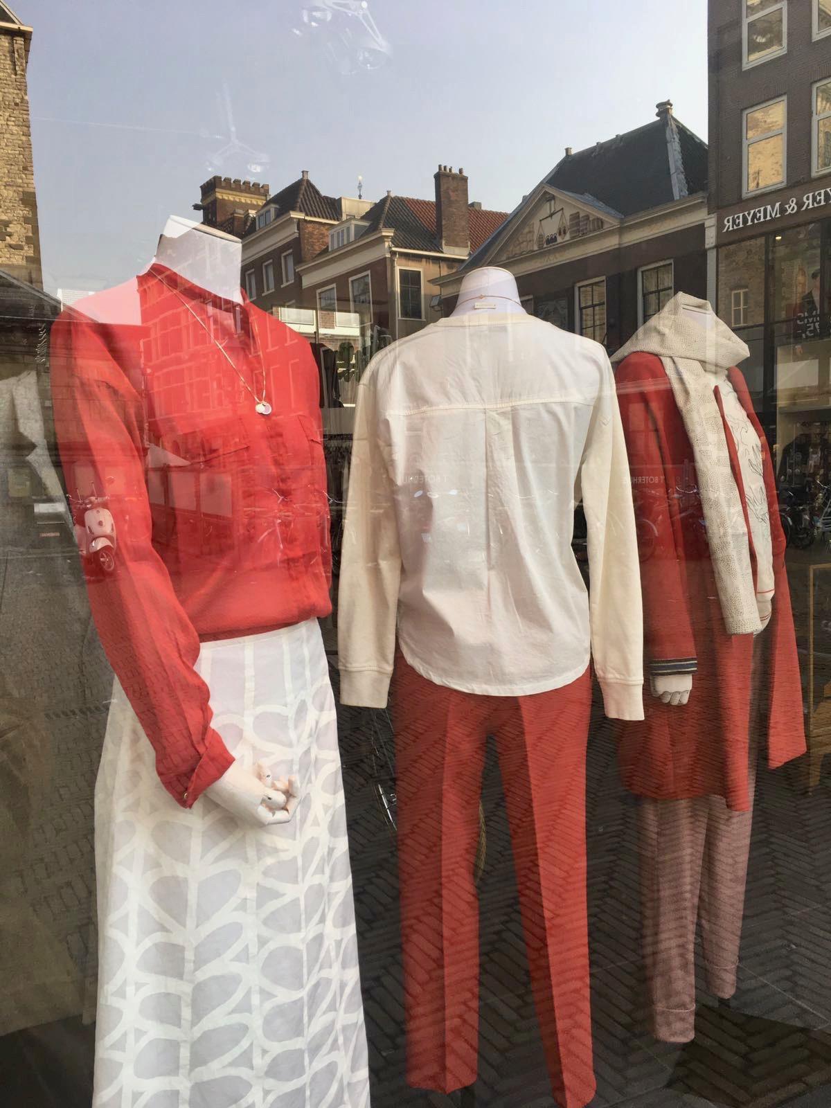Pepper+Tom handpainted skirt at Unfold, Delft.