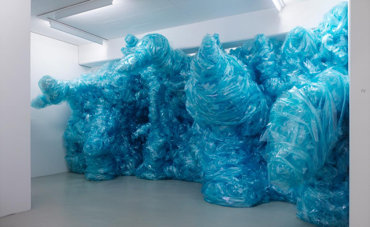 Hier kommt die Flut- »Ynx (Aus dem Blauen)«, 2013 (Courtesy Museum DKM; Foto- Achim Kukulies, Dusseldorf) .jpg