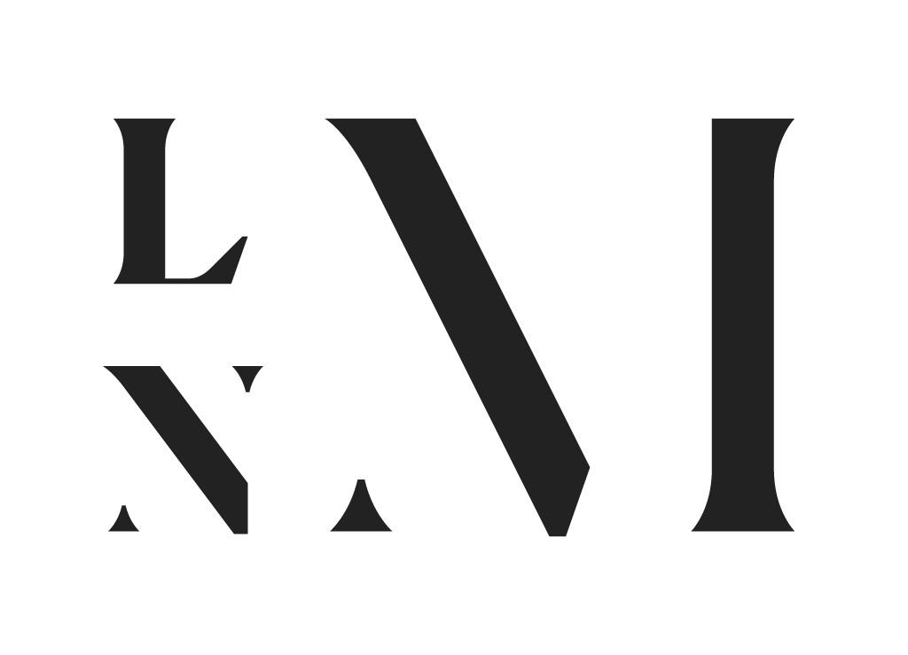 lnm-logo-hvit_boks-rgb.png