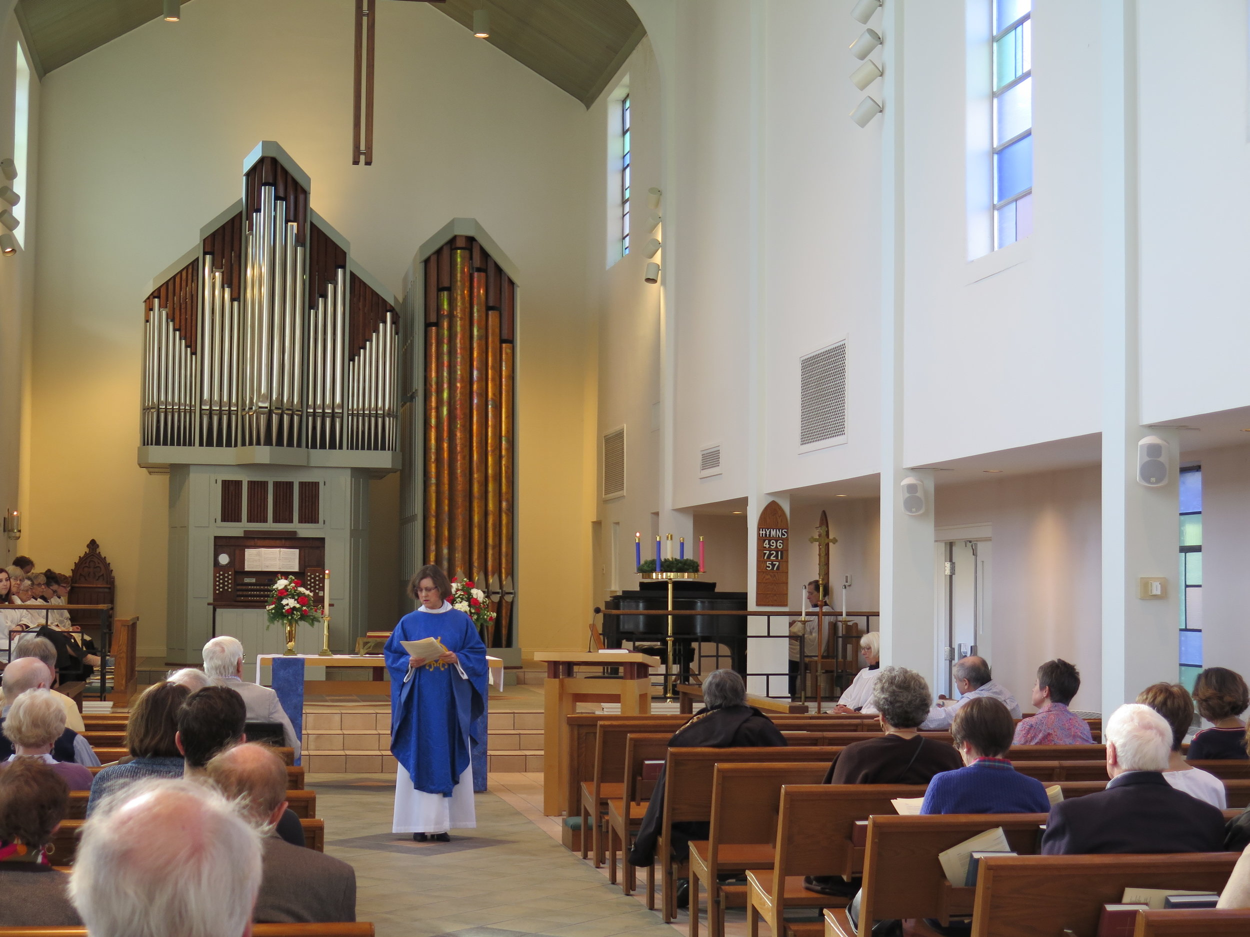 Our Rector, the Rev. Sara Palmer, preaching on the first Sunday of Advent, 2018